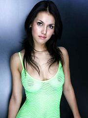 Hot Maria Ozawa teasing in mini green skirt
